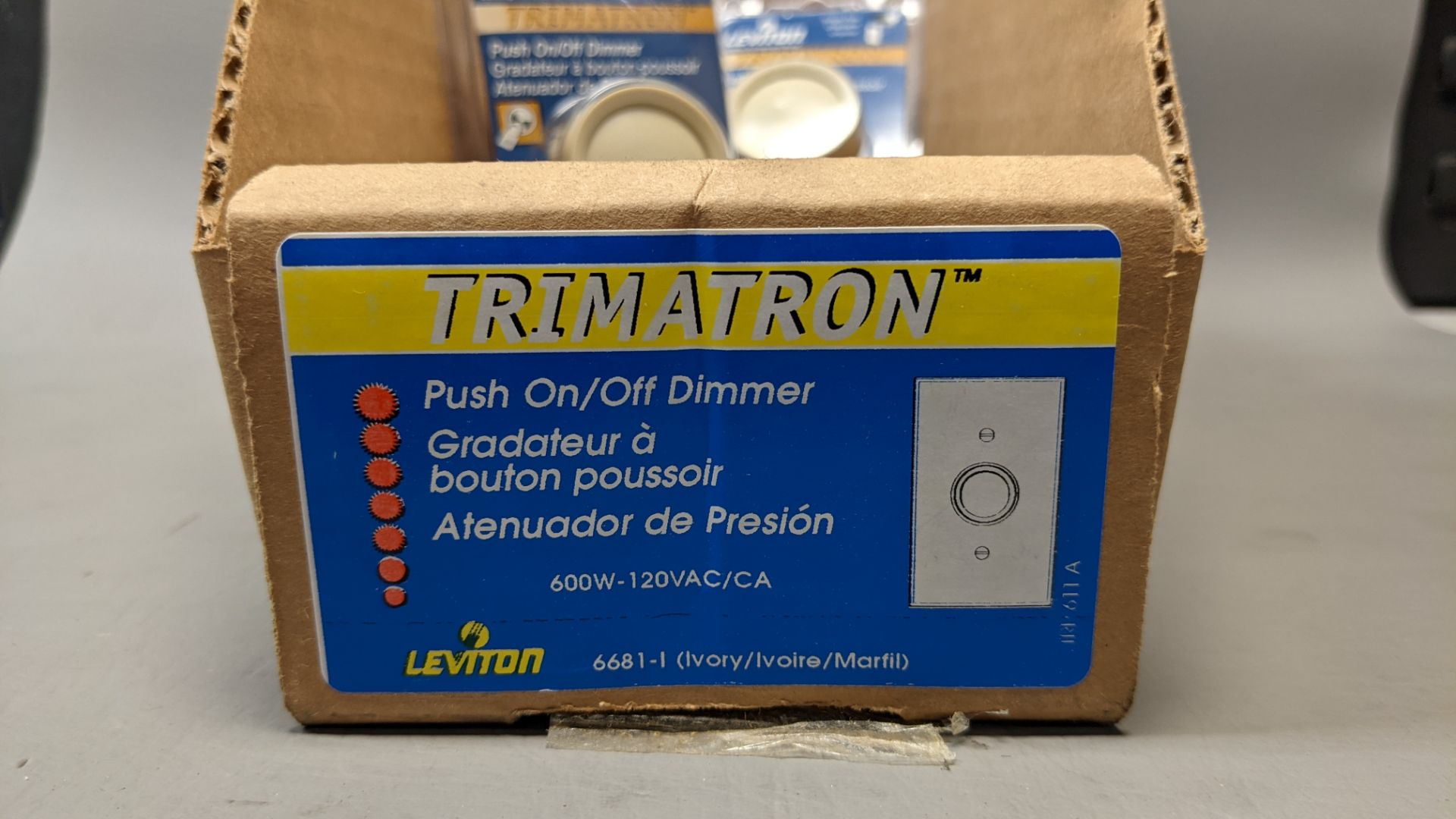 LOT OF NEW LEVITON PUSH ON/OFF LIGHT DIMMERS - Image 2 of 5
