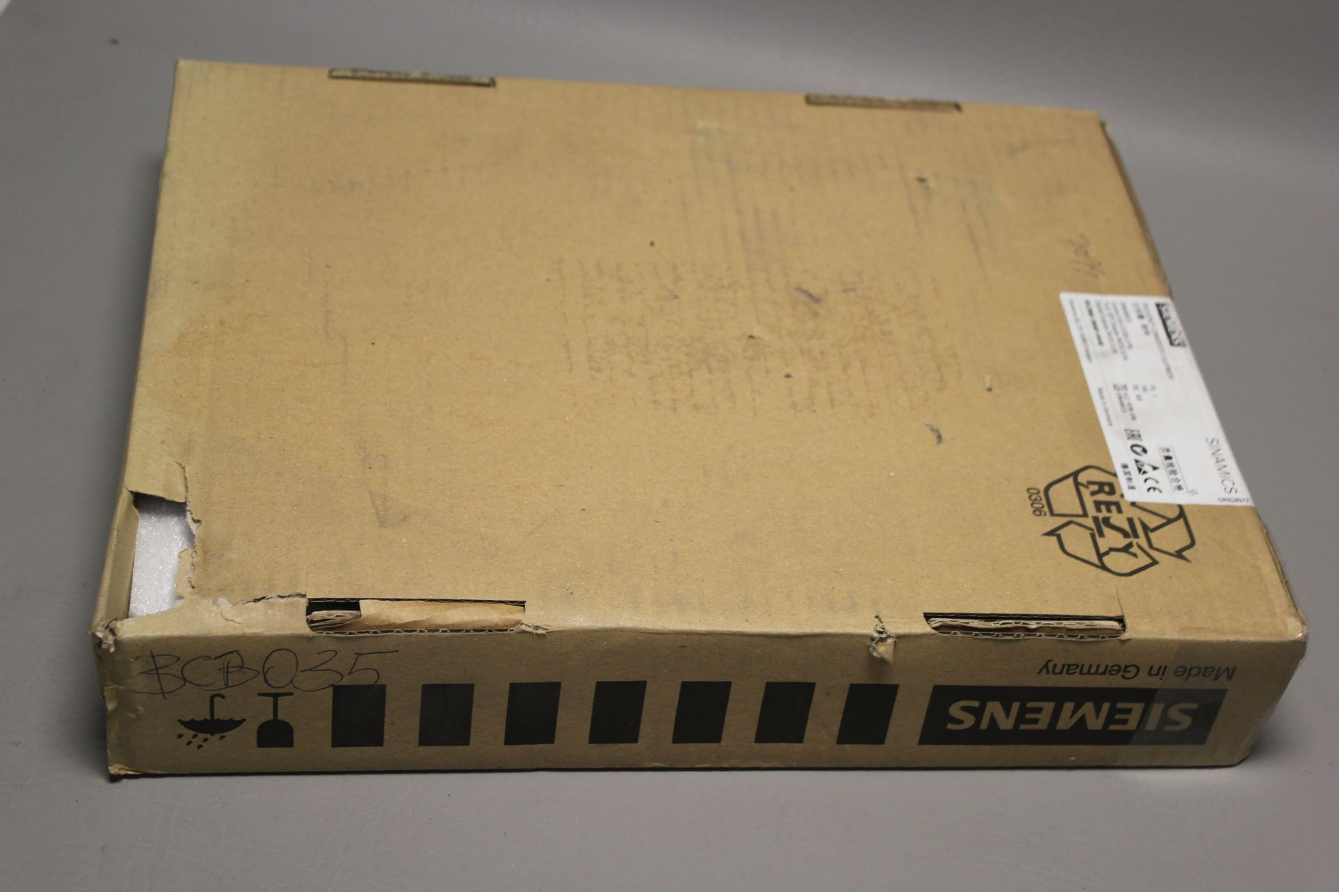 NEW SIEMENS SINAMICS FREQUENCY CONVERTER CONTROL UNIT - Image 5 of 5