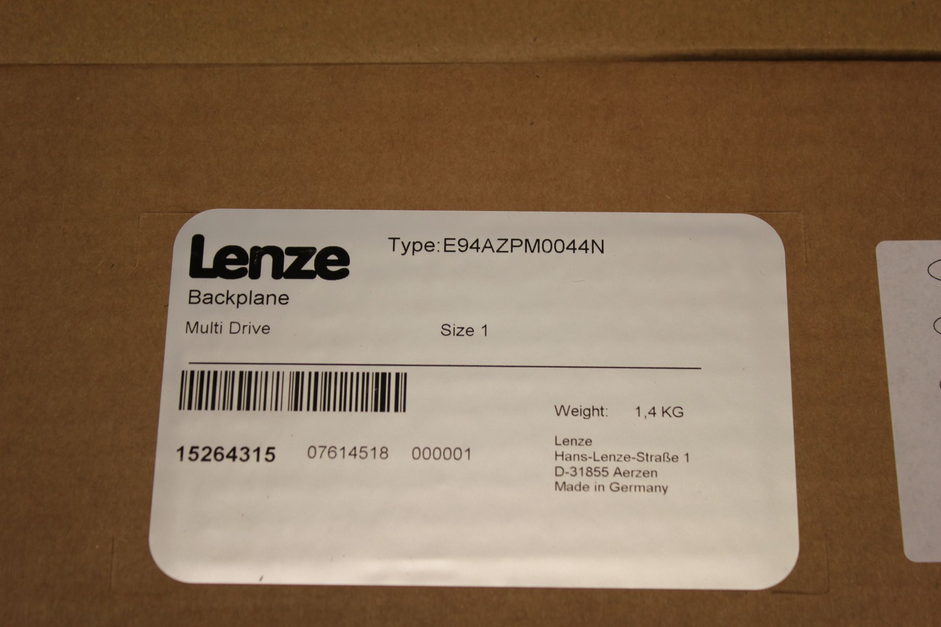 NEW LENZE MULTI DRIVE 9400 SERVO DRIVE WITH BACKPLANE - Image 4 of 11