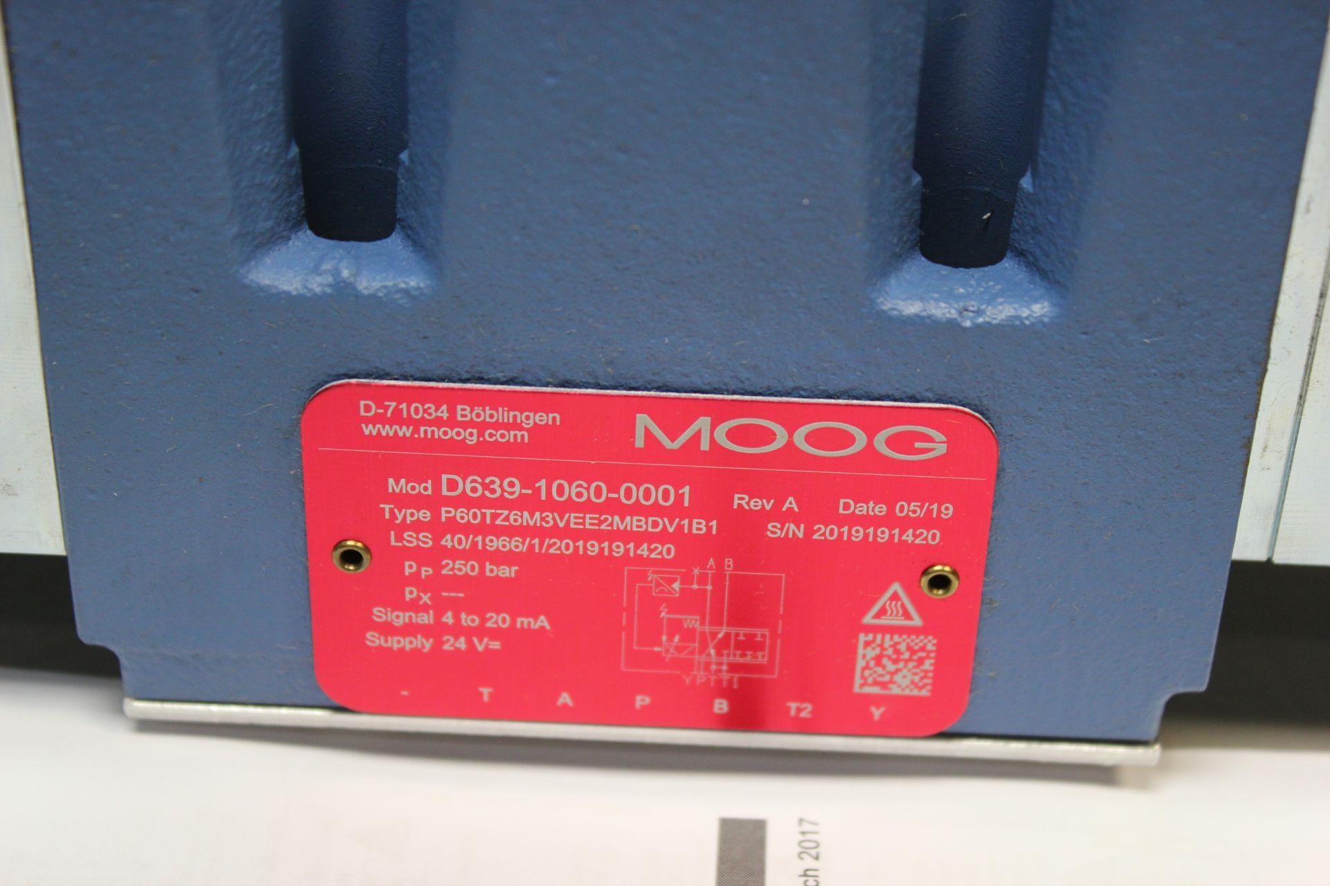NEW MOOG DIRECT DRIVE DIGITAL CONTROL HYDRAULIC SERVO VALVE - Image 5 of 14