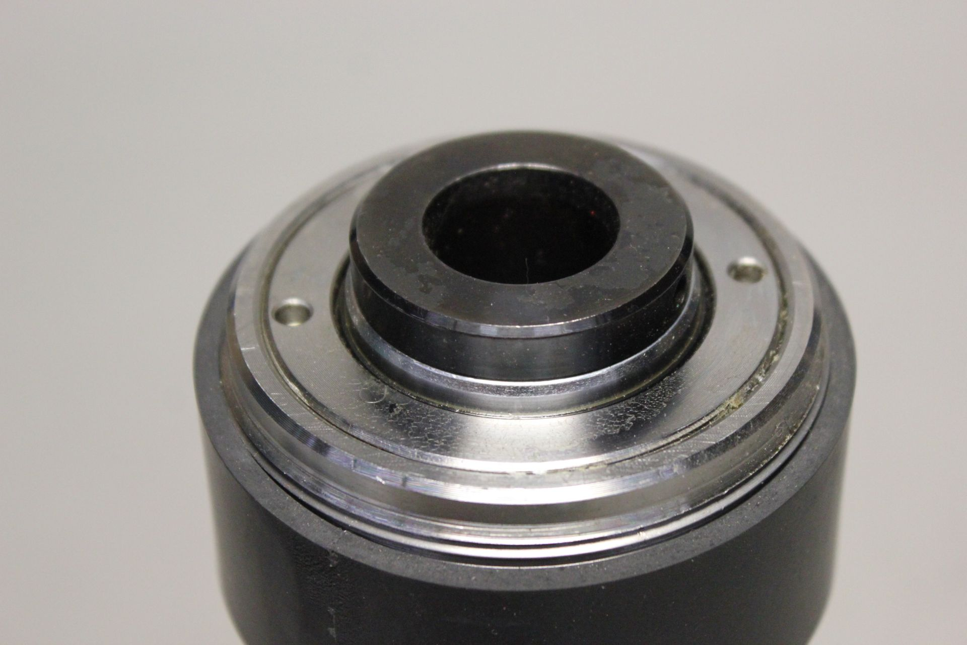 NEW YALE HOLLOW HYDRAULIC CYLINDER - Image 4 of 4