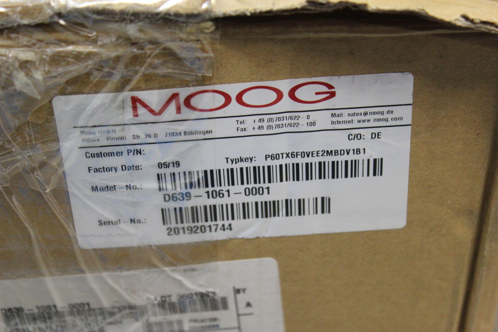 NEW MOOG DIRECT DRIVE DIGITAL CONTROL HYDRAULIC SERVO VALVE - Image 15 of 15