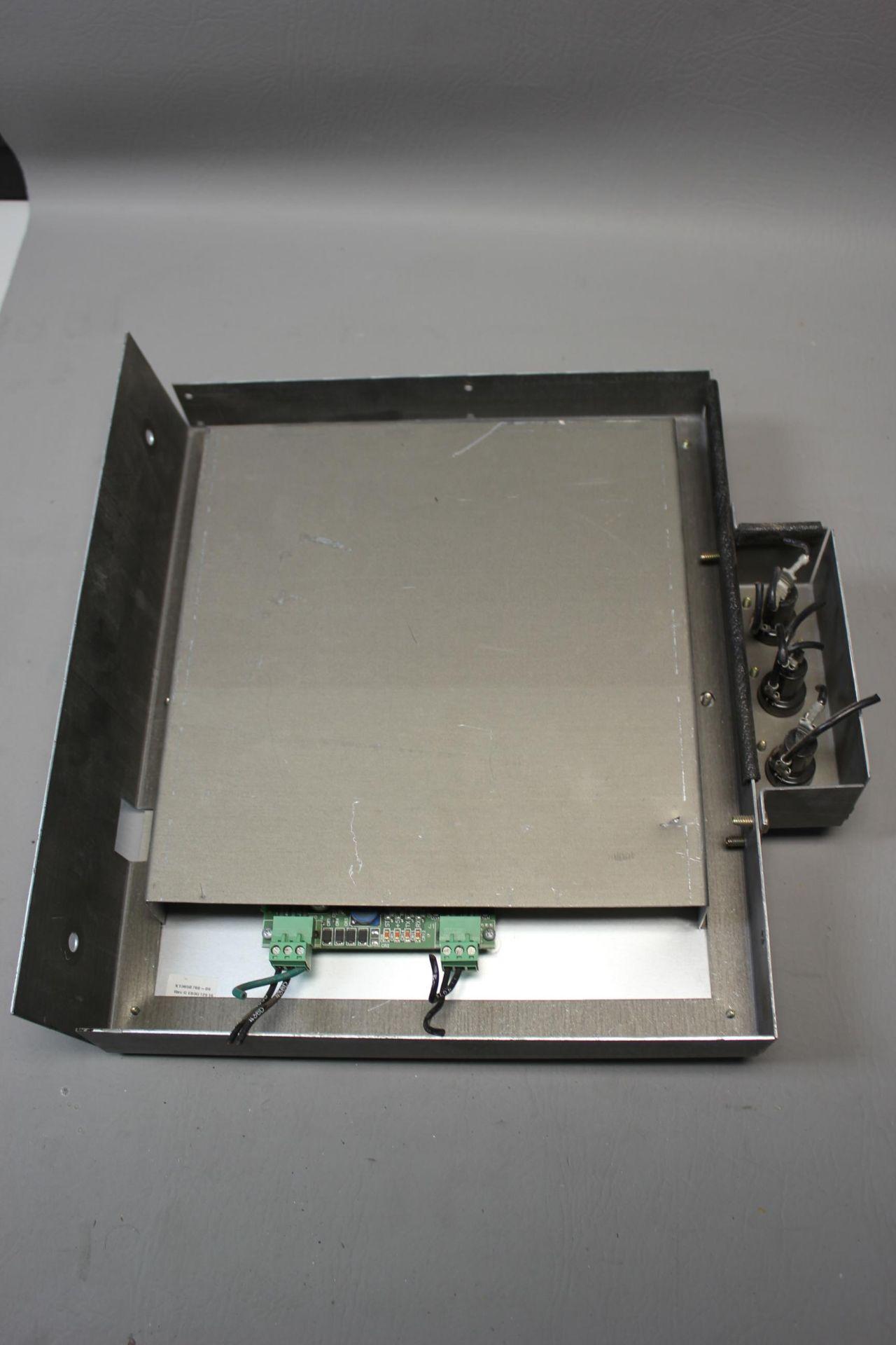 TRANE HVAC CONTROL PANEL - Image 3 of 4