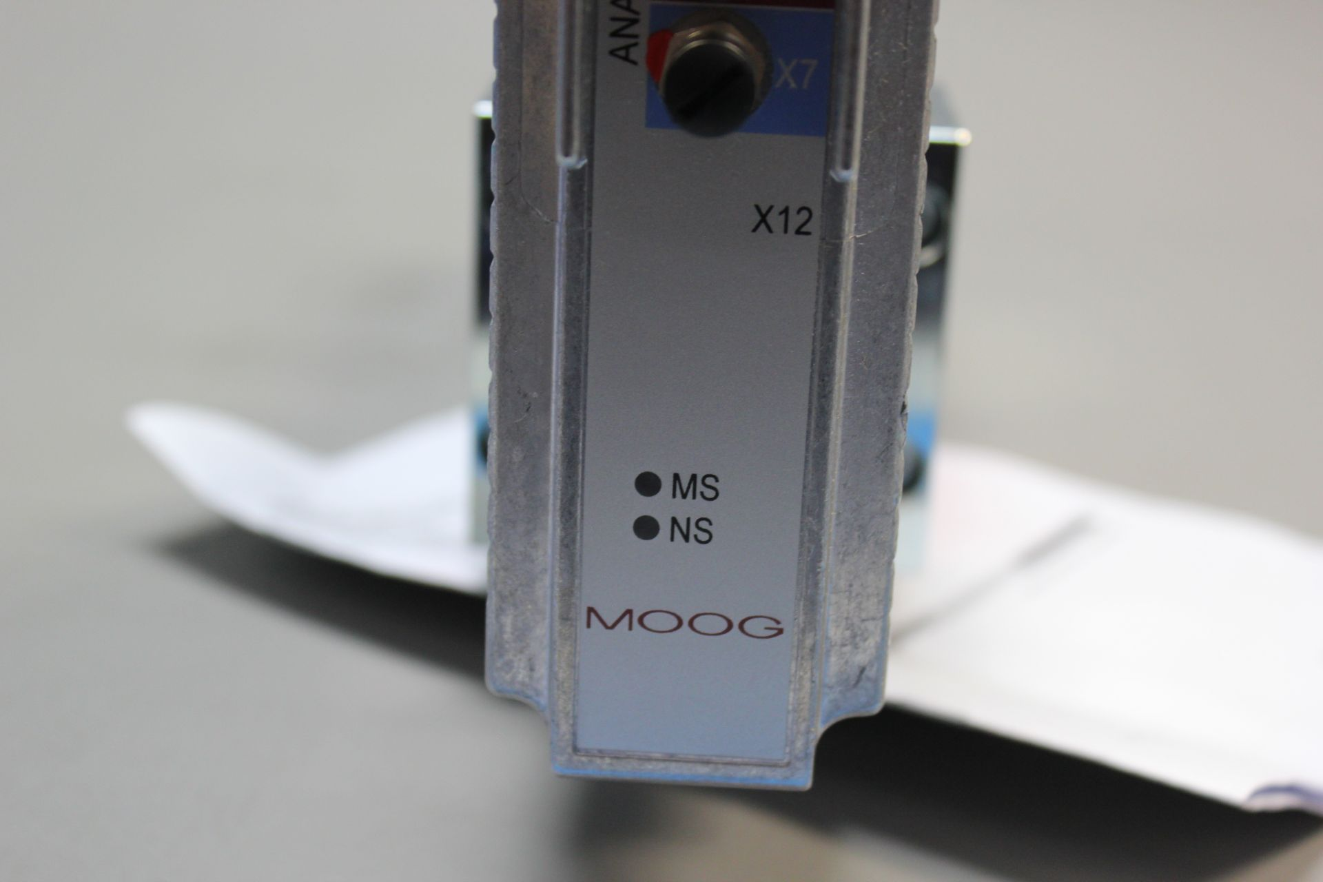 NEW MOOG DIRECT DRIVE DIGITAL CONTROL HYDRAULIC SERVO VALVE - Image 11 of 14