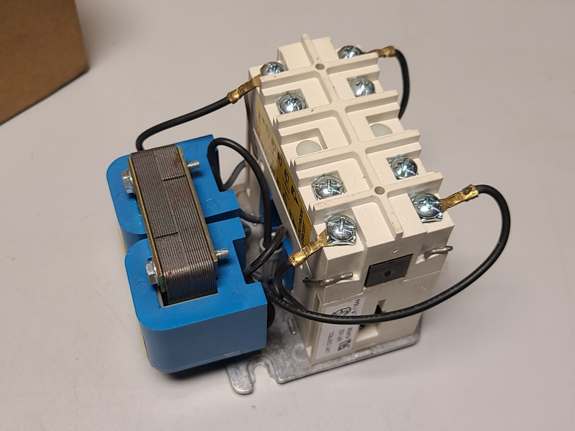 NEW WARRICK/GEMS CONTROL RELAY - Image 3 of 5