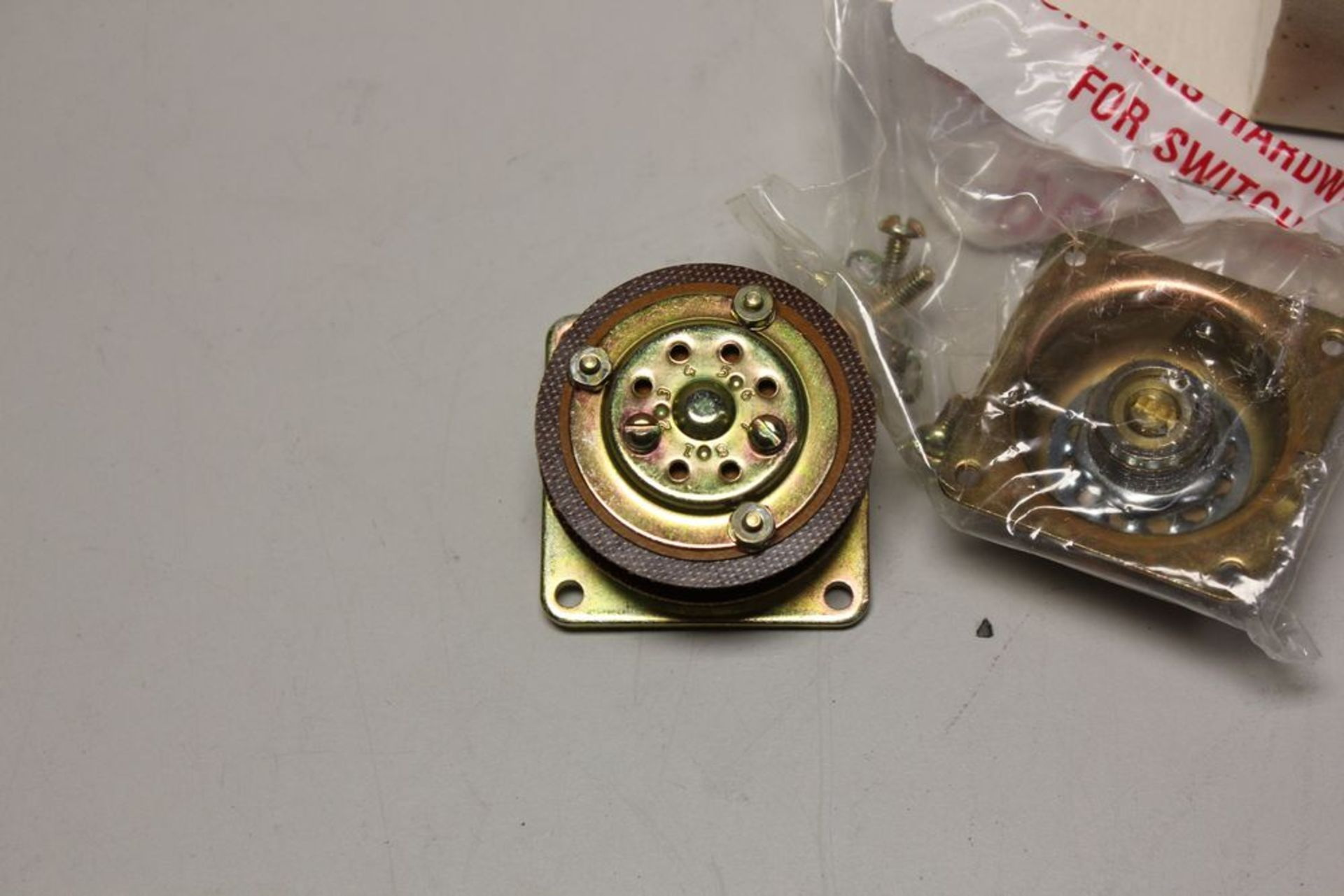 NEW ELECTROSWITCH ROTARY SWITCH - Image 4 of 8