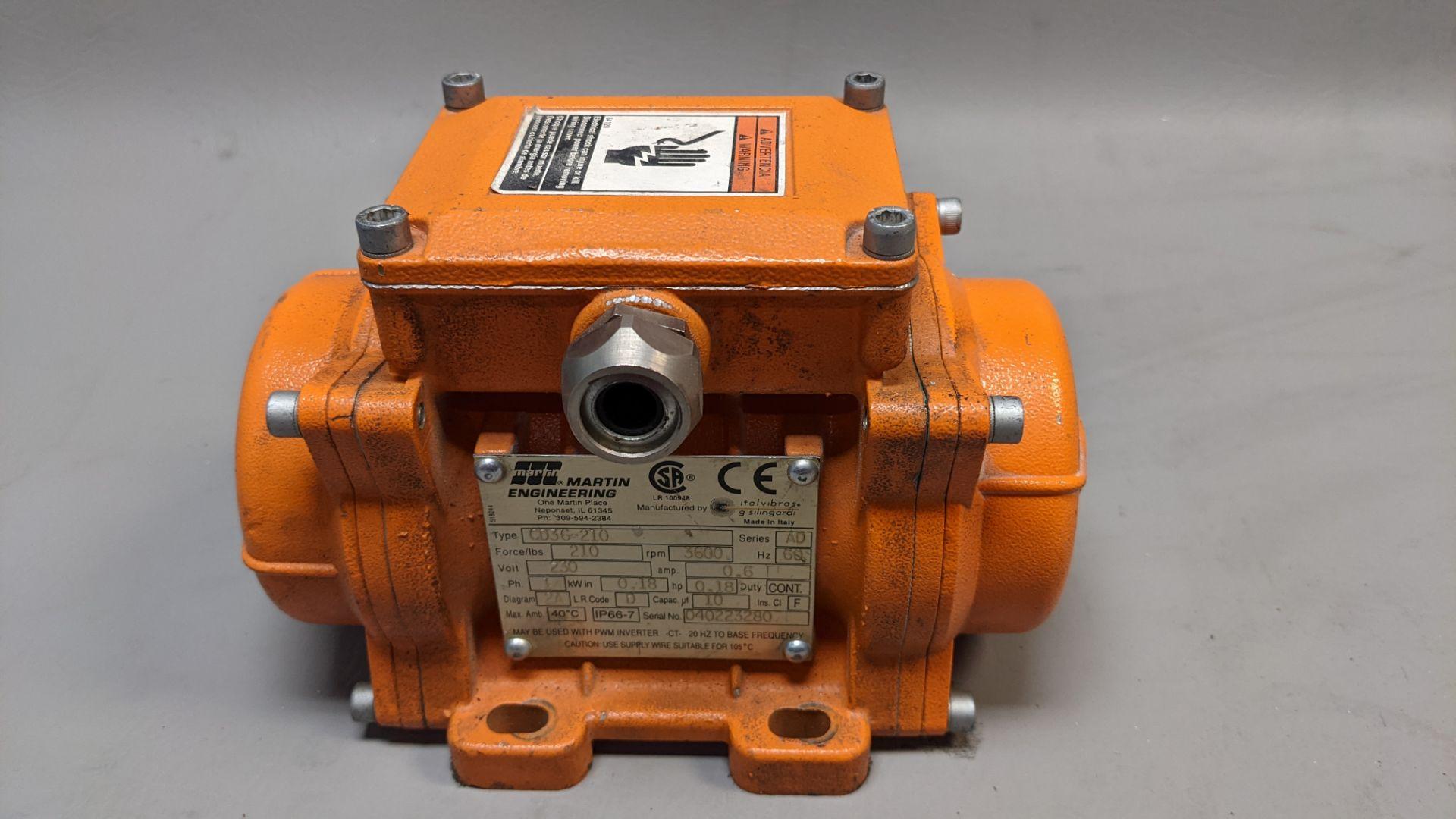 MARTIN ENGINEERING INDUSTRIAL VIBRATOR