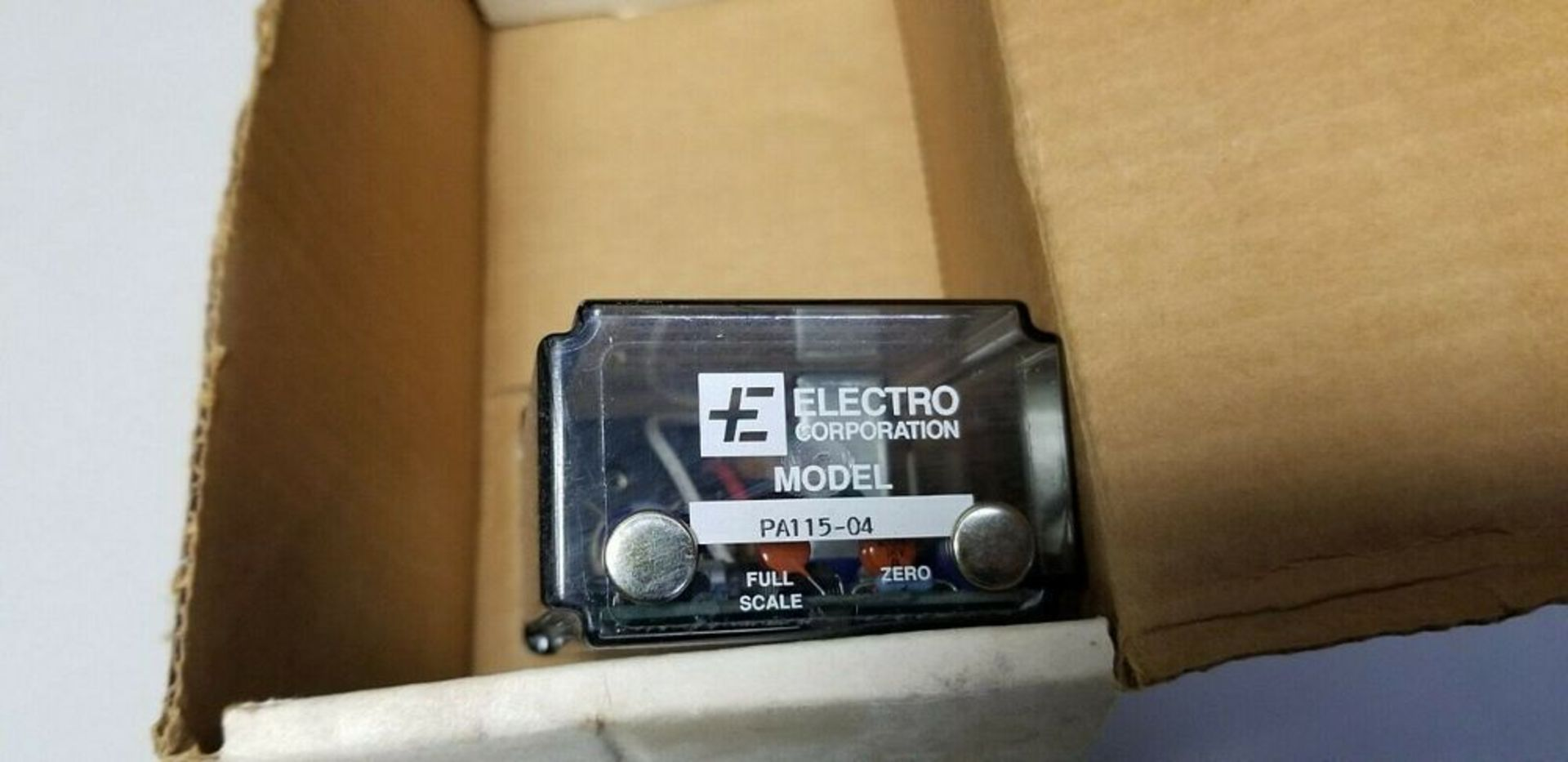 New Electro Electro-Mike Magnetic Displacement Transducer - Image 4 of 5