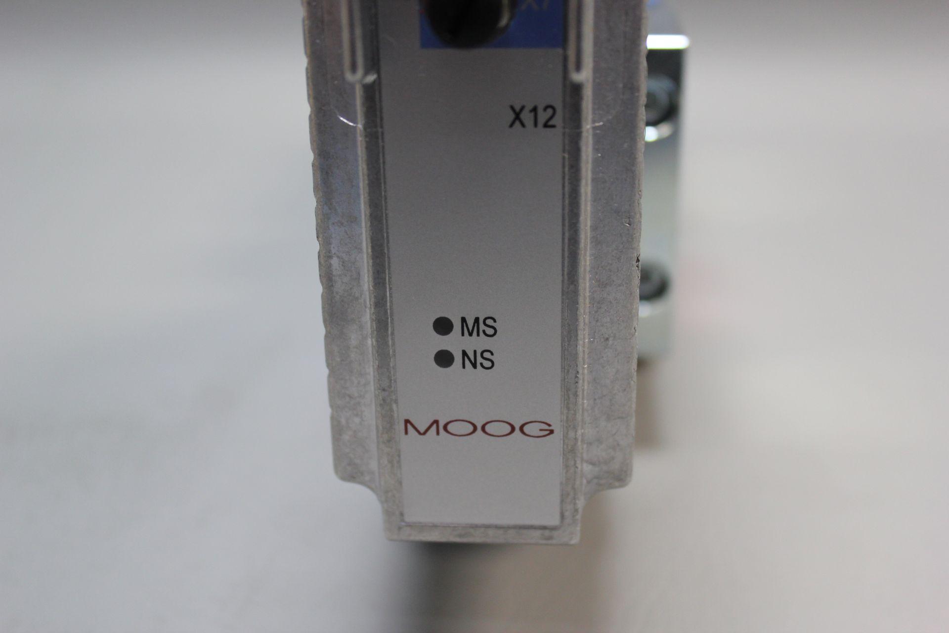 NEW MOOG DIRECT DRIVE DIGITAL CONTROL HYDRAULIC SERVO VALVE - Image 11 of 15