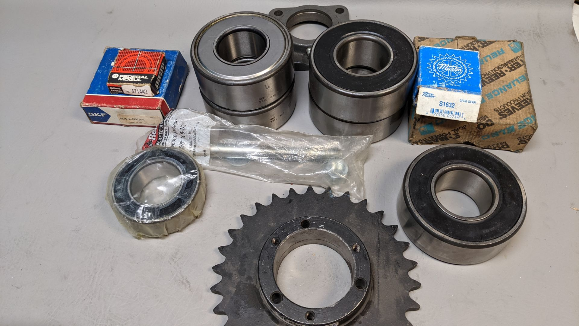 LOT F OBEARINGS AND SPROCKETS