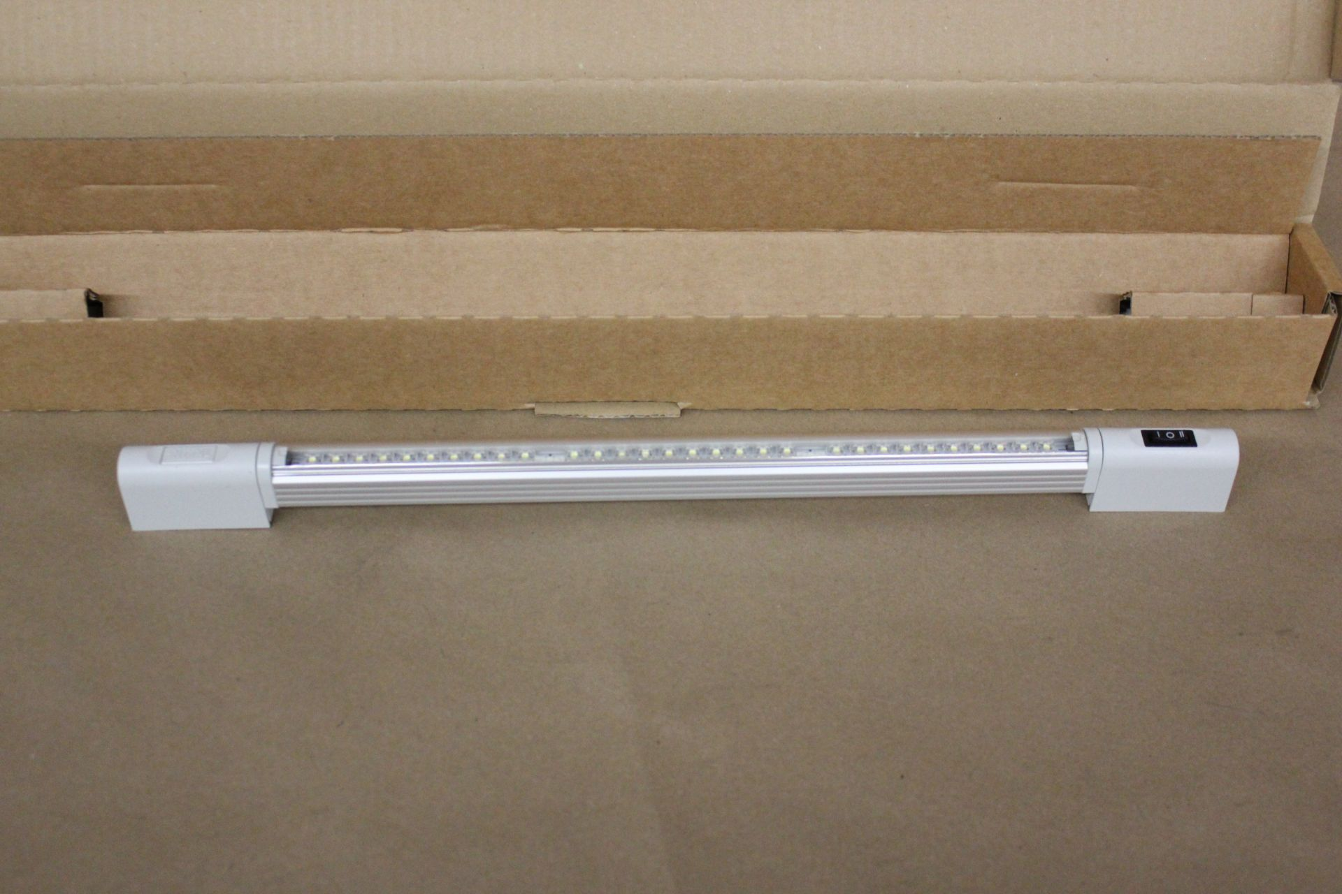NEW RITTAL CABINET LED COMPACT LIGHT SYSTEM - Image 4 of 5