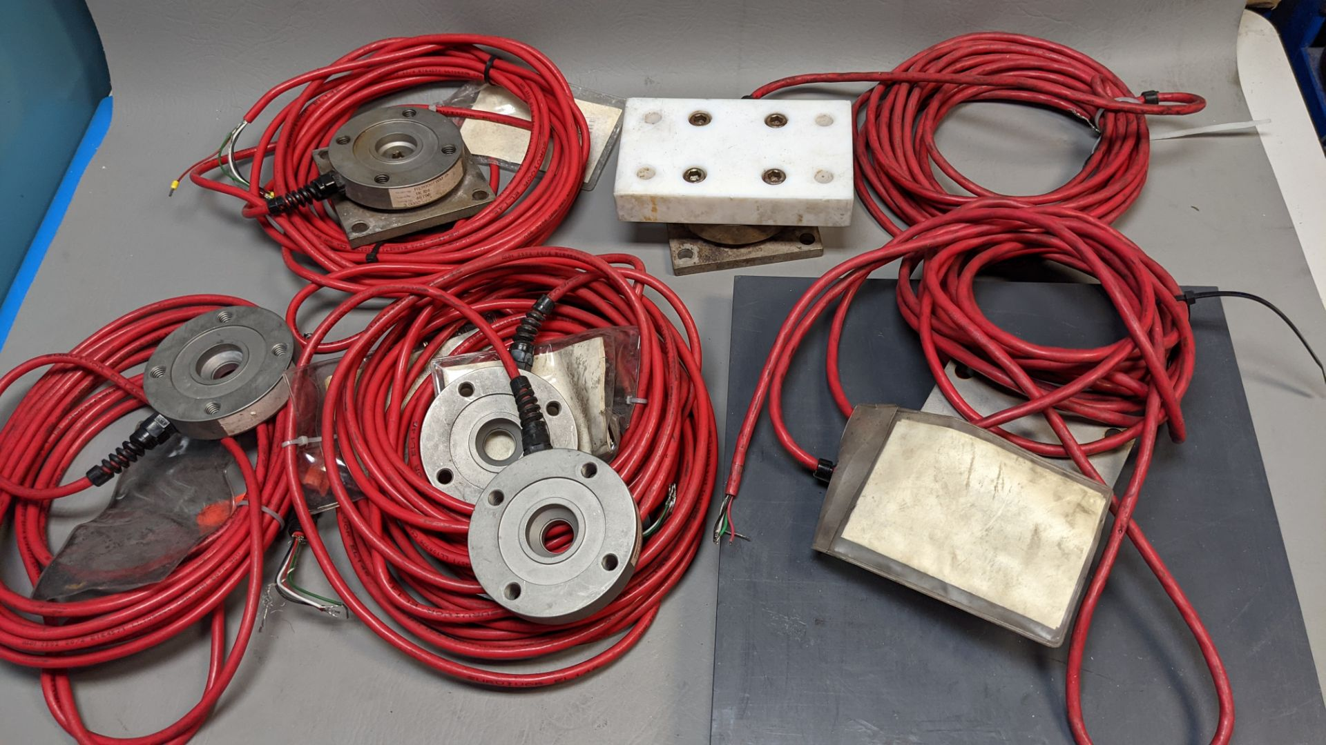 LOT OF RICE LAKE LOAD CELLS