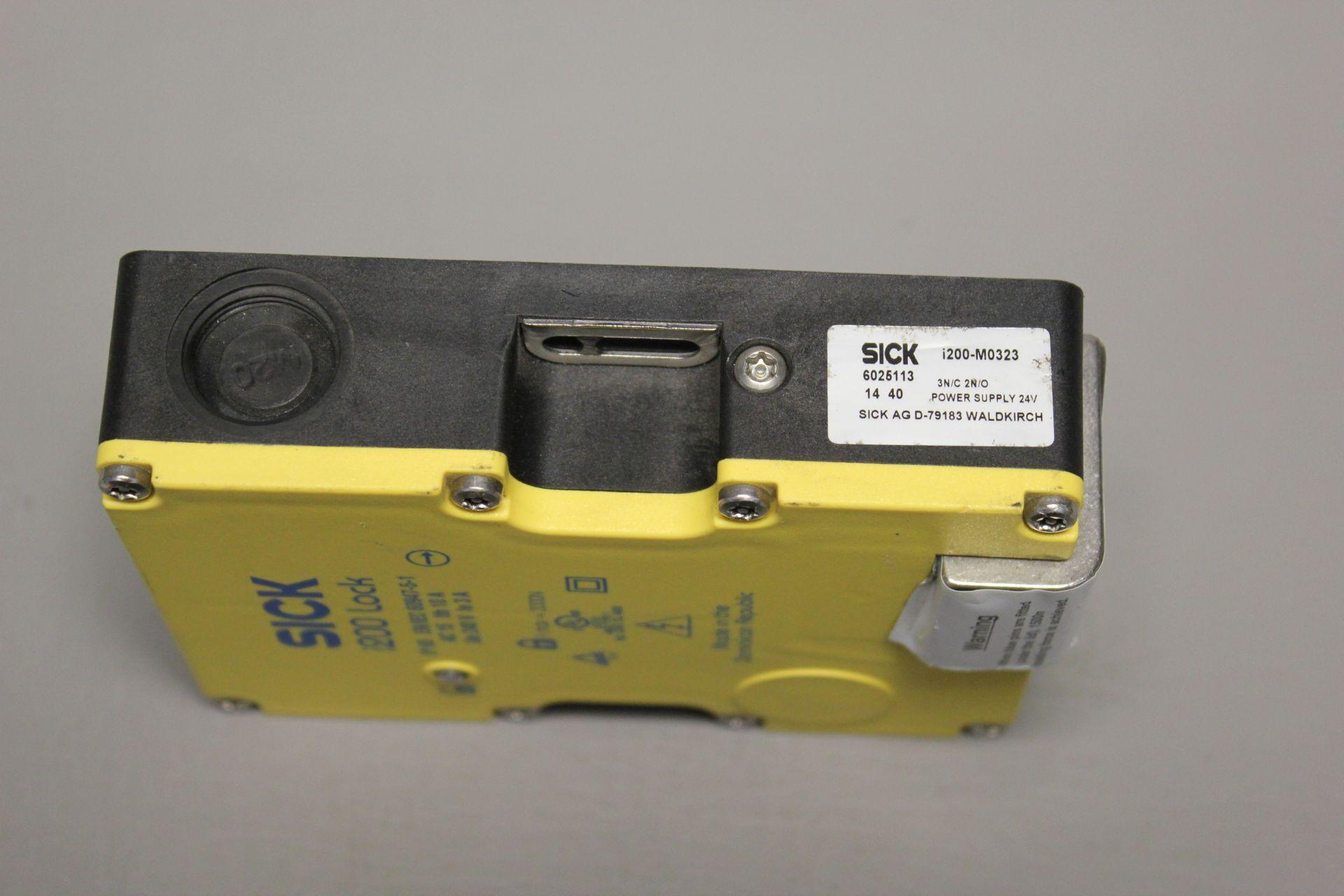 UNUSED SICK i200 SAFETY INTERLOCK SWITCH - Image 3 of 4