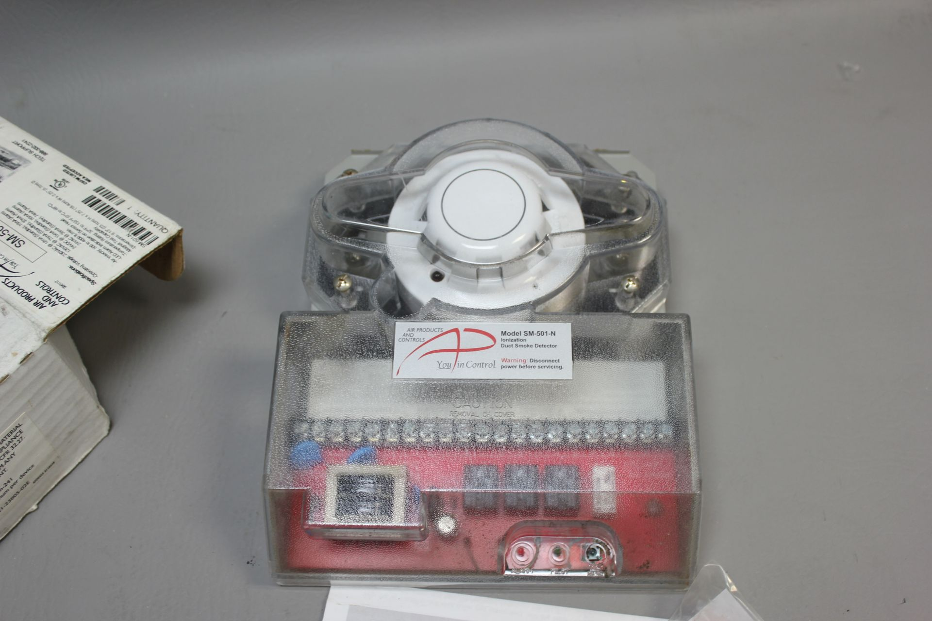 NEW AIR PRODUCTS 4 WIRE DUCT SMOKE DETECTOR - Image 4 of 5