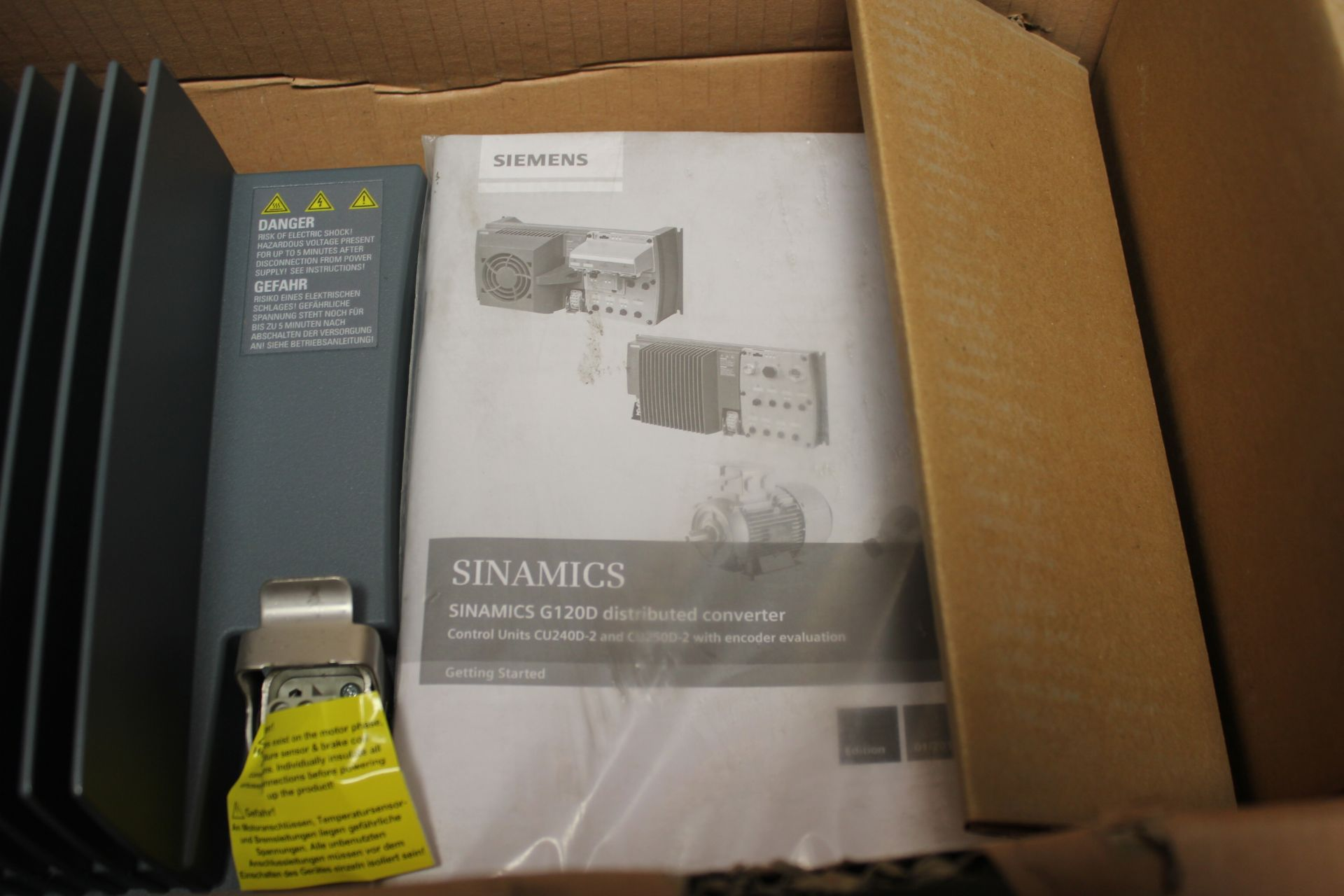 NEW SIEMENS SINAMICS G120D POWER MODULE - Image 3 of 8