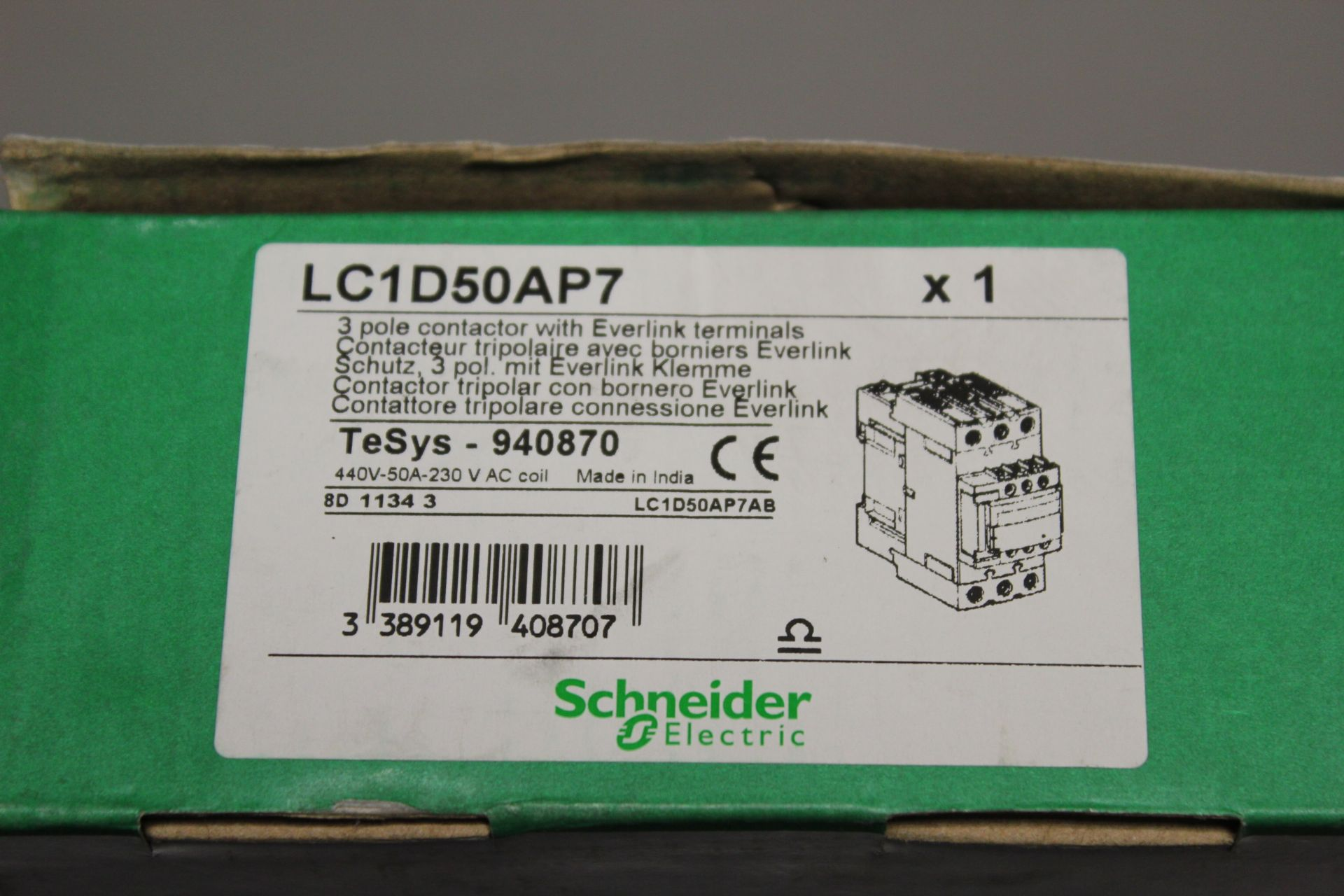 NEW SCHNEIDER 3 POLE CONTACTOR - Image 2 of 4