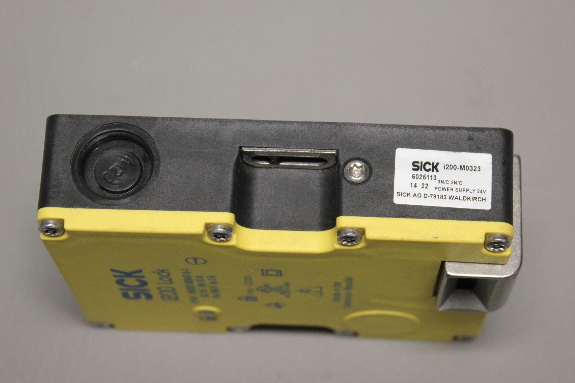 SICK i200 SAFETY INTERLOCK SWITCH - Image 2 of 3