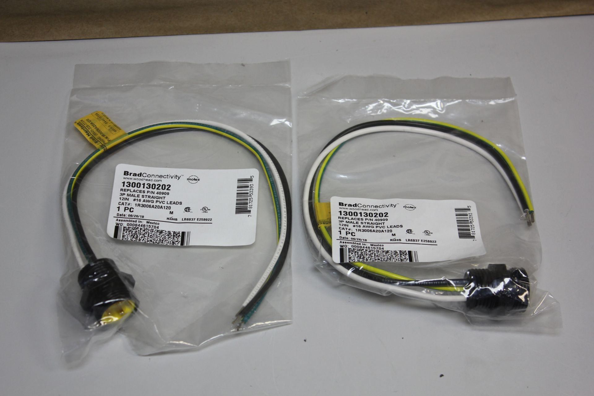 LOT OF 2 NEW BRAD CONNECTIVITY WOODHEAD 3P MALE STRAIGHT CABLES