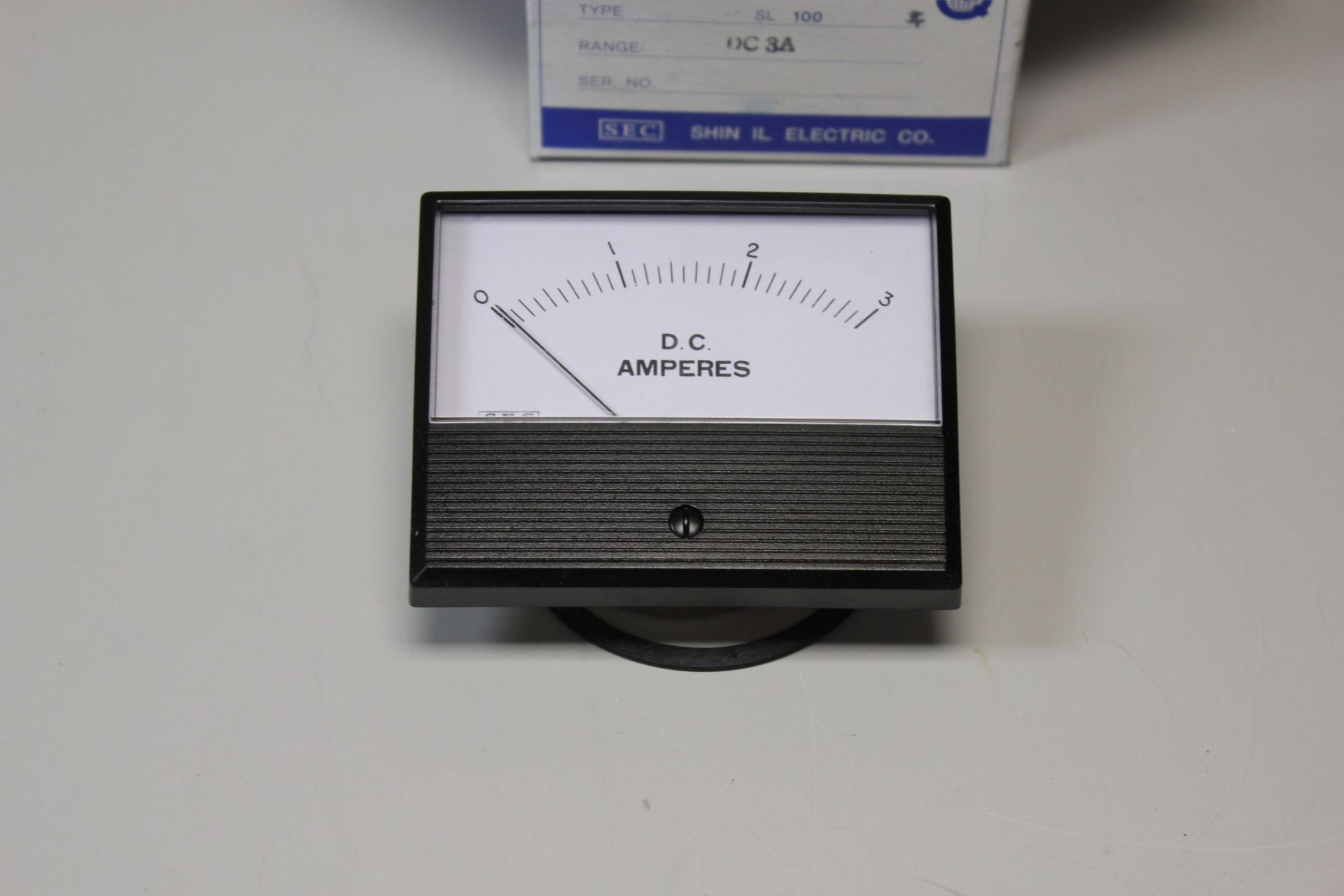 NEW SEC SHIN IL ELECTRIC AMPERES METER - Image 3 of 4