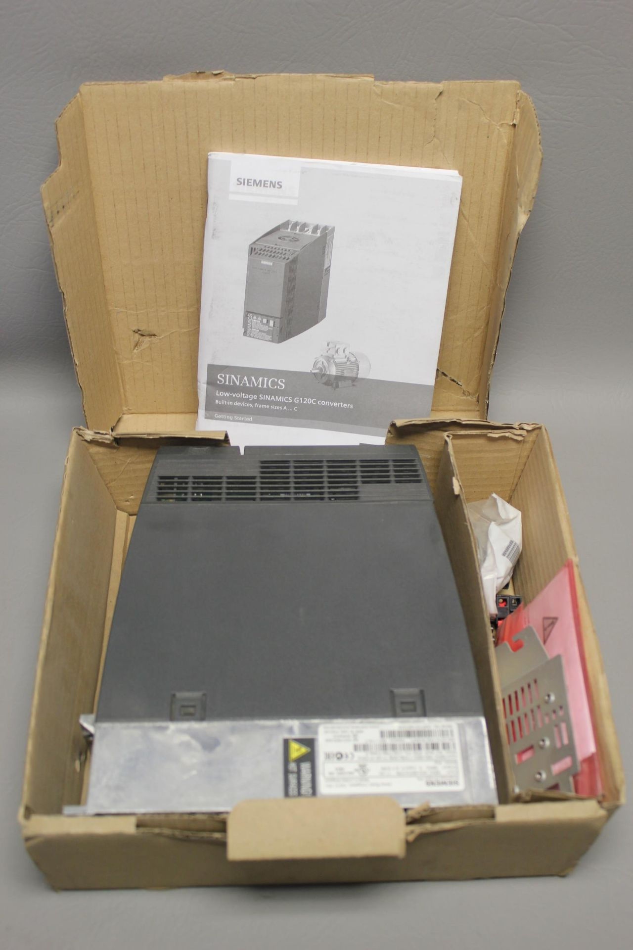 NEW SIEMENS G120C PN FREQUENCY CONVERTER - Image 3 of 7