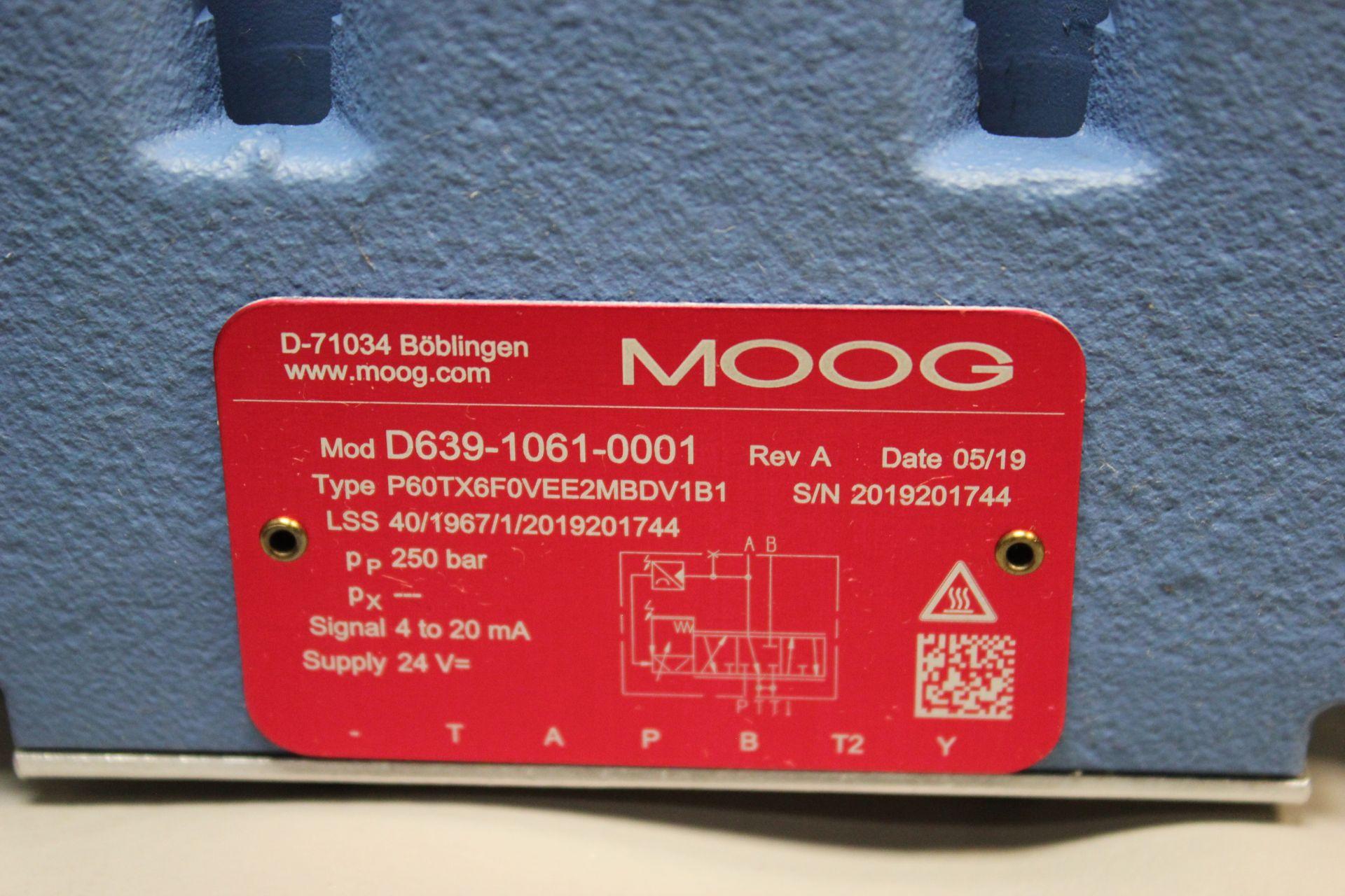 NEW MOOG DIRECT DRIVE DIGITAL CONTROL HYDRAULIC SERVO VALVE - Image 5 of 15