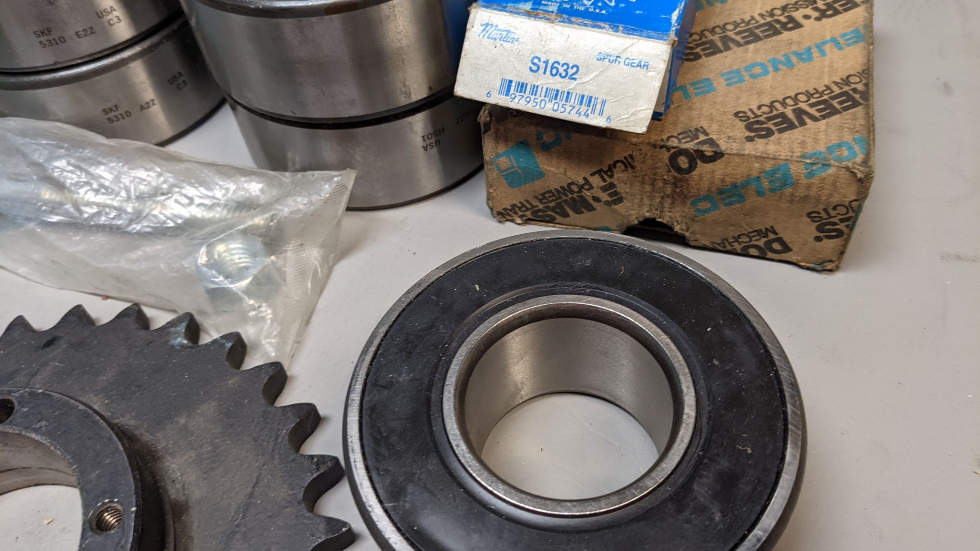 LOT F OBEARINGS AND SPROCKETS - Image 3 of 7