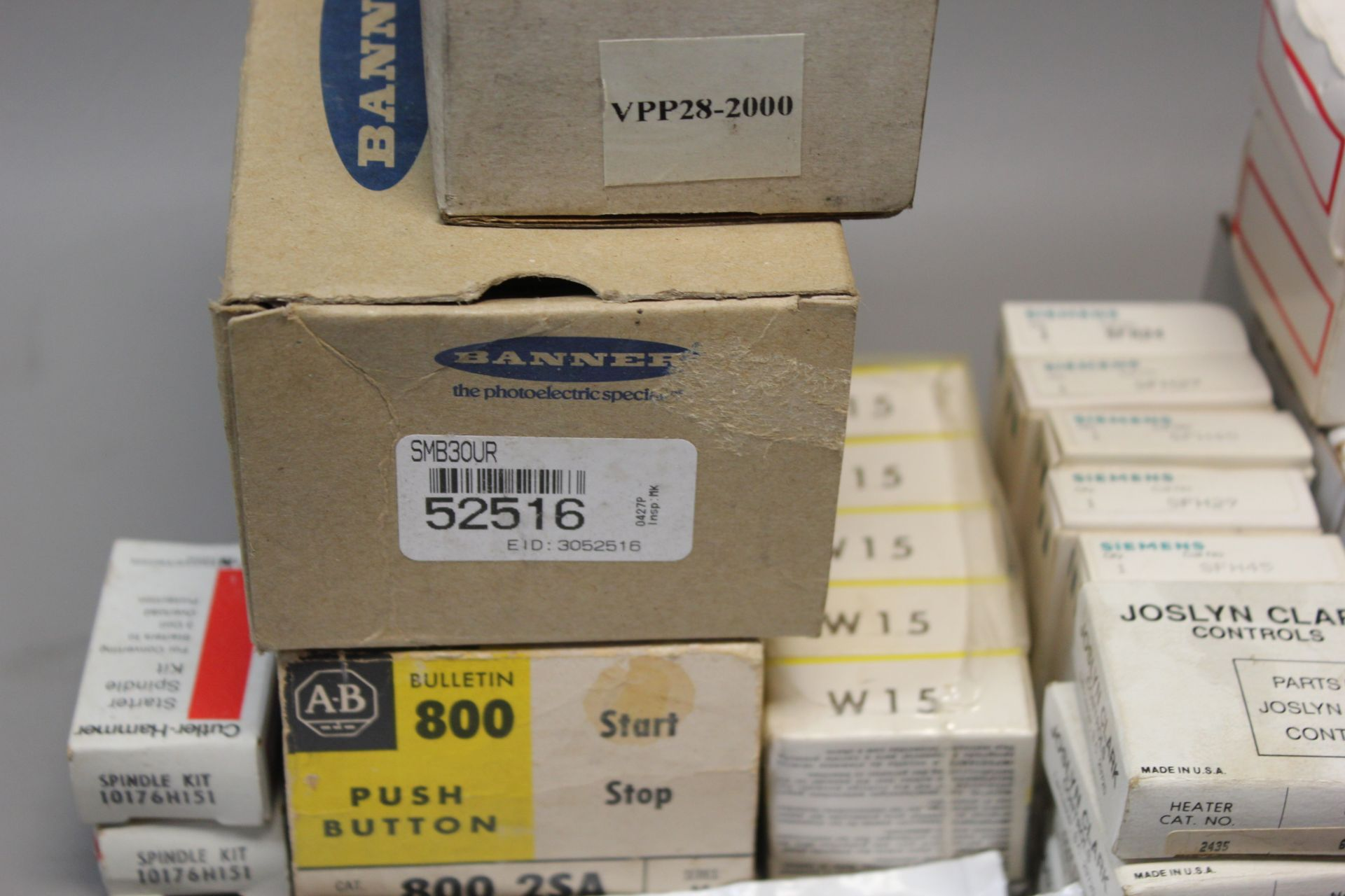 LOT OF NEW MRO PARTS - A/B, EATON, ETC - Image 3 of 5