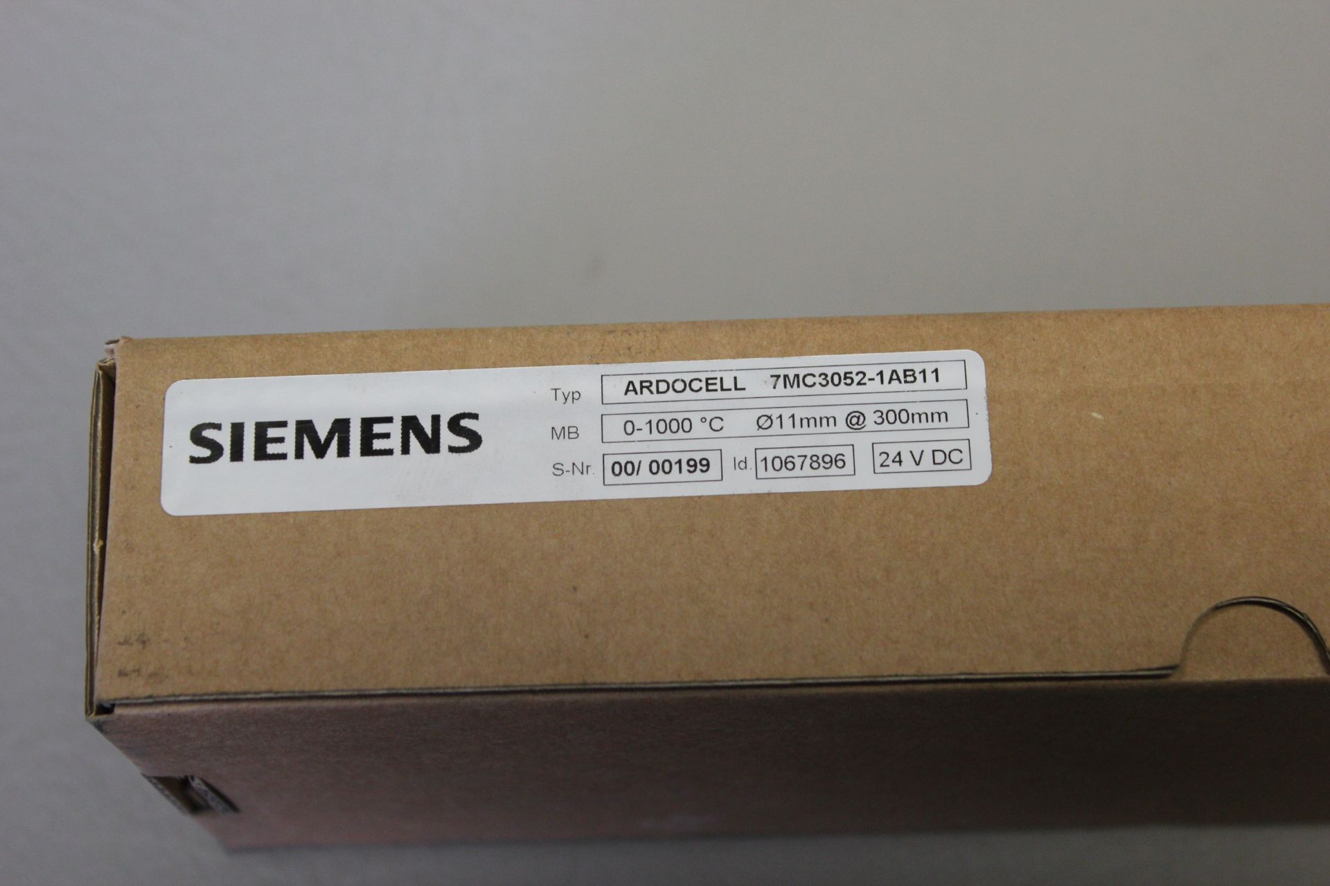 NEW SIEMENS ARDOCELL SPECTRAL PYROMETER - Image 2 of 4