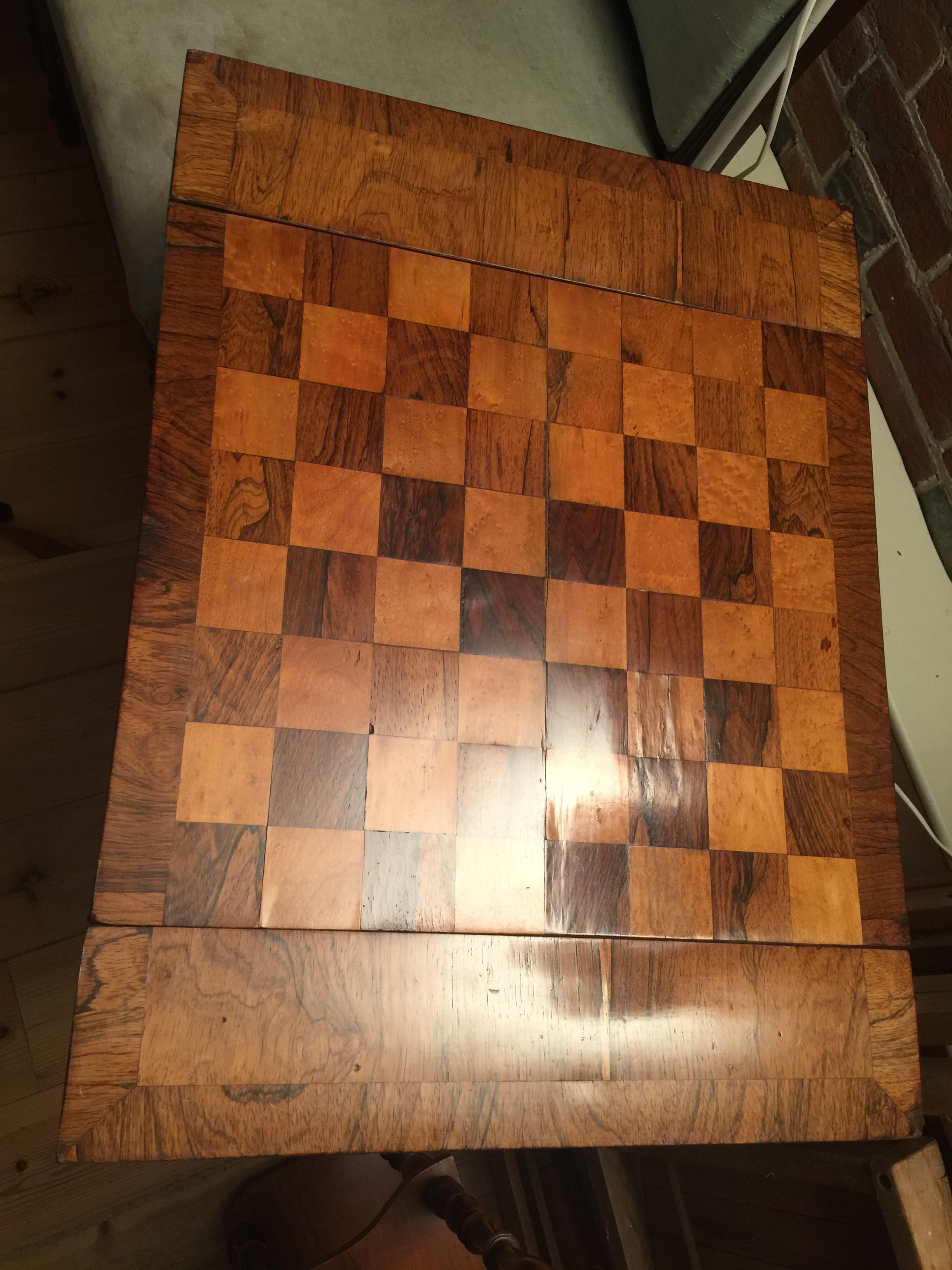 A William IV rosewood, satinwood and bird's-eye maple parquetry games table - Image 4 of 14