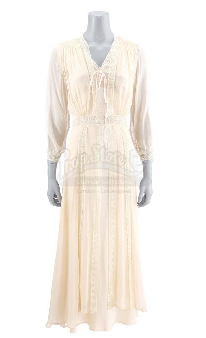 Lot # 728: THE HAUNTING OF HILL HOUSE - Nell Crain's Bent-Neck Lady Robe