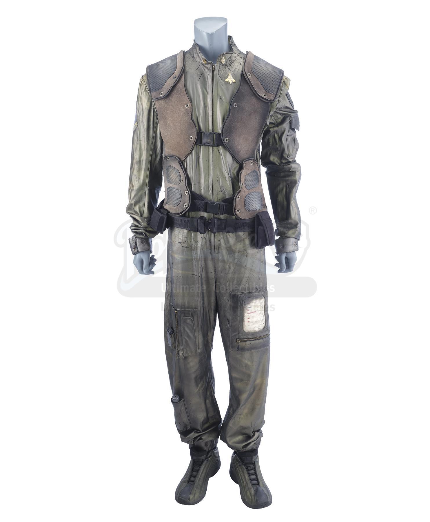 Lot # 40: BATTLESTAR GALACTICA - Raptor Flight Suit