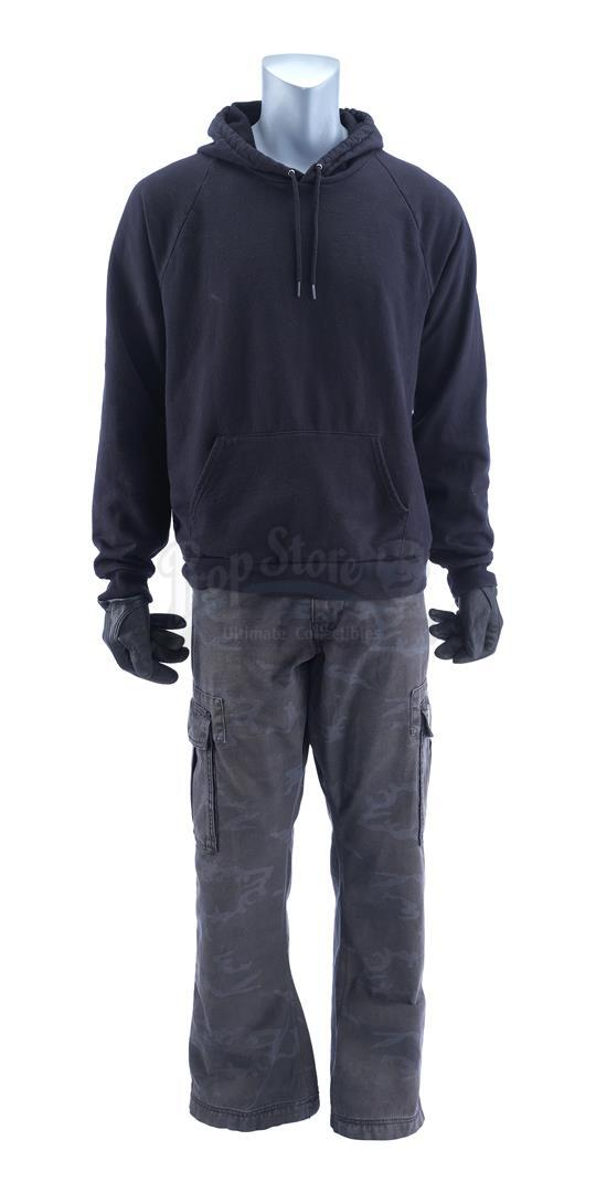 """Lot # 1034: SONS OF ANARCHY - Juan Carlos """"Juice"""" Ortiz' (Theo Rossi) Costume and Skull Ring"""