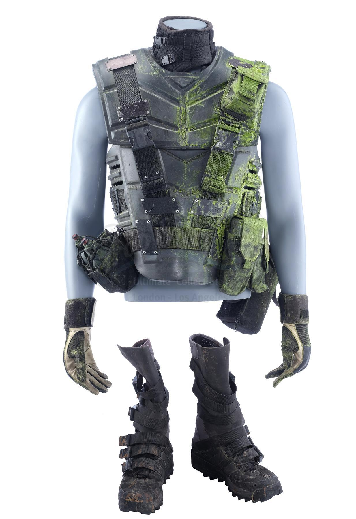 Lot # 352: STARSHIP TROOPERS - Sugar Watkins' (Seth Gilliam) Bloodied Mobile Infantry Armor