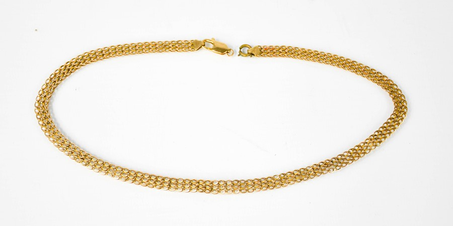 A 9ct gold chain link necklace with crab clasp. 11.5g