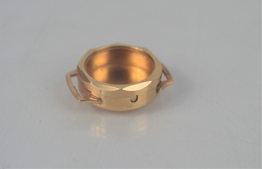 A 9ct gold (tested as): ladies watch case, 5.1g