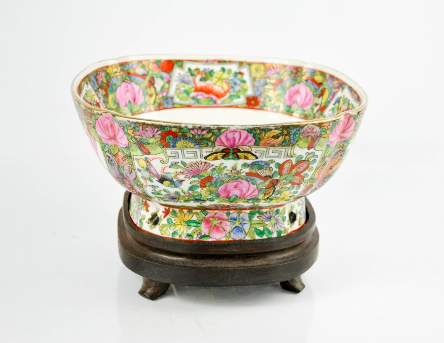 An early 20th century Chinese enamelled bowl on stand, depicting panels of flowers, birds and - Image 2 of 3