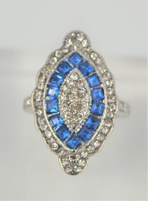 A blue kite gemstone Art Deco style dress ring, size L, 6.8g