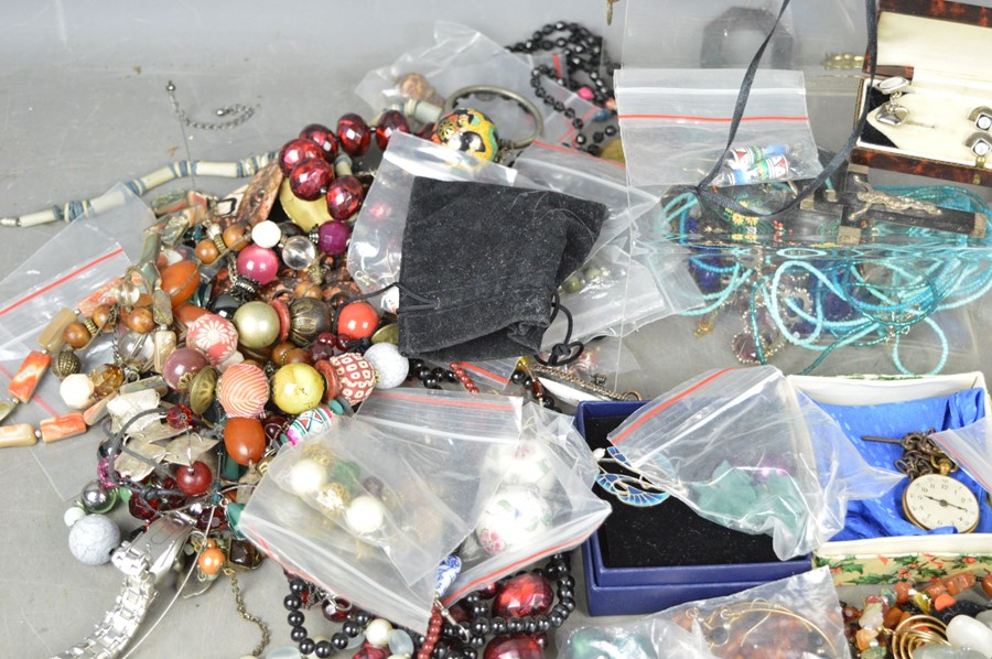 A large quantity of jewellery to include brooches, earrings, pocket watch, necklaces, some silver - Image 2 of 3