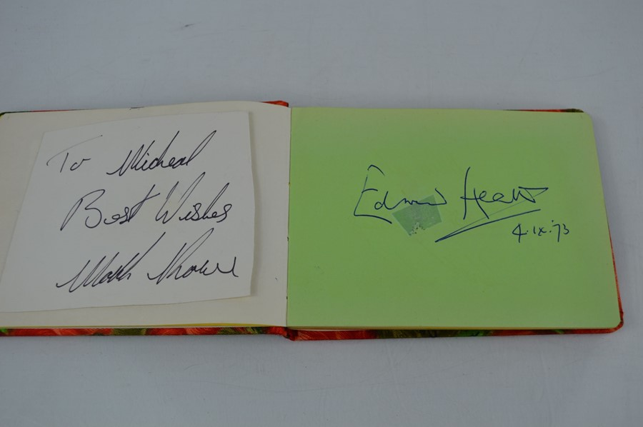 An autograph book containing the signatures Edward Heath, Geoffrey Howe, Joe Bugner, Bobby Charlton, - Image 4 of 5
