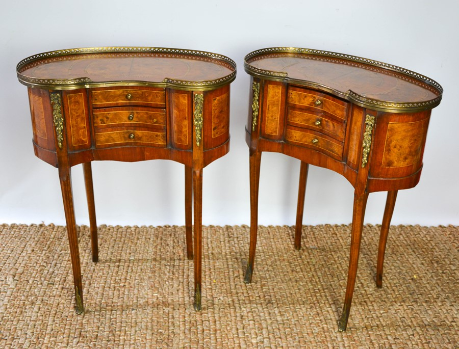 A fine pair of Louis XV style late 19th century burr elm and mahogany strung side tables, with - Image 3 of 3