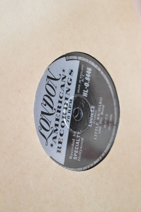 A large group of 78rpm records to include Little Richard. Bill Hailey and his Comets, Dean Martin, - Image 3 of 8