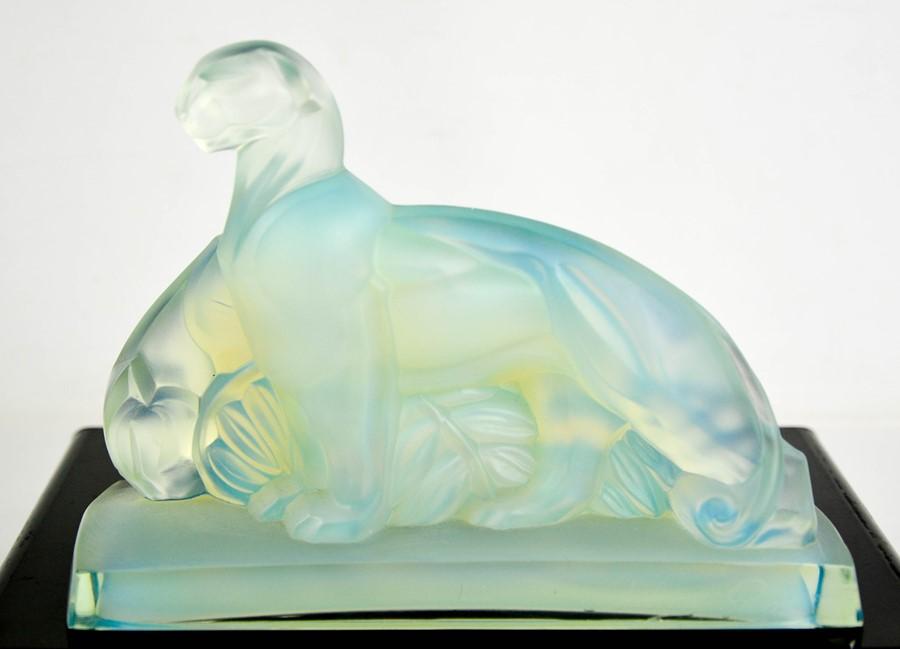 A Sabino Art glass opalescent panther group. 15.5cms tall