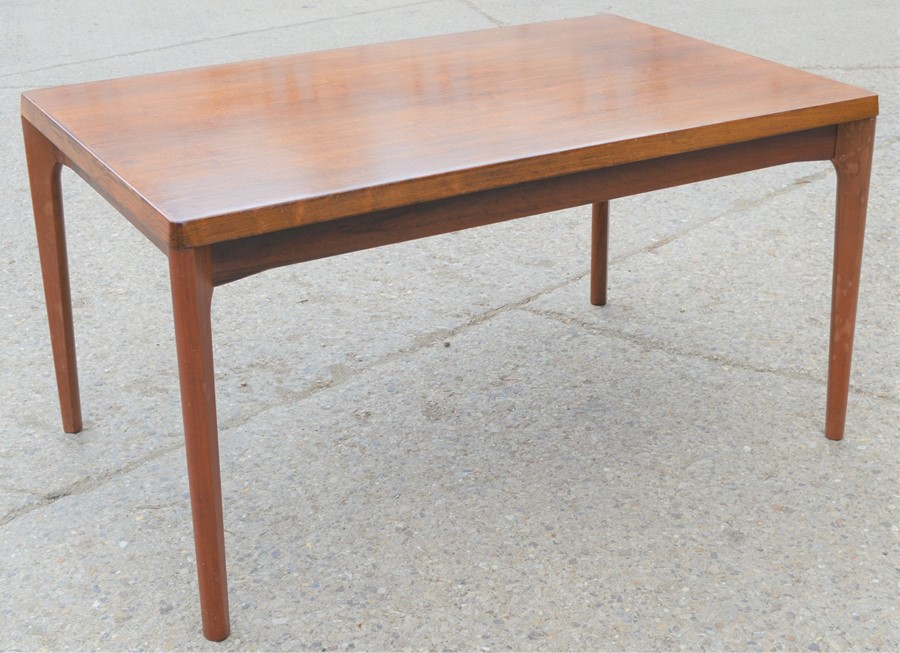 A Mid-Century Vejle Moebelfabrik extending dining table, 240cm by 88cm by 73cm high
