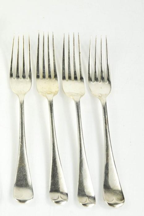 Four silver side forks, Sheffield 1909, 6.35toz.