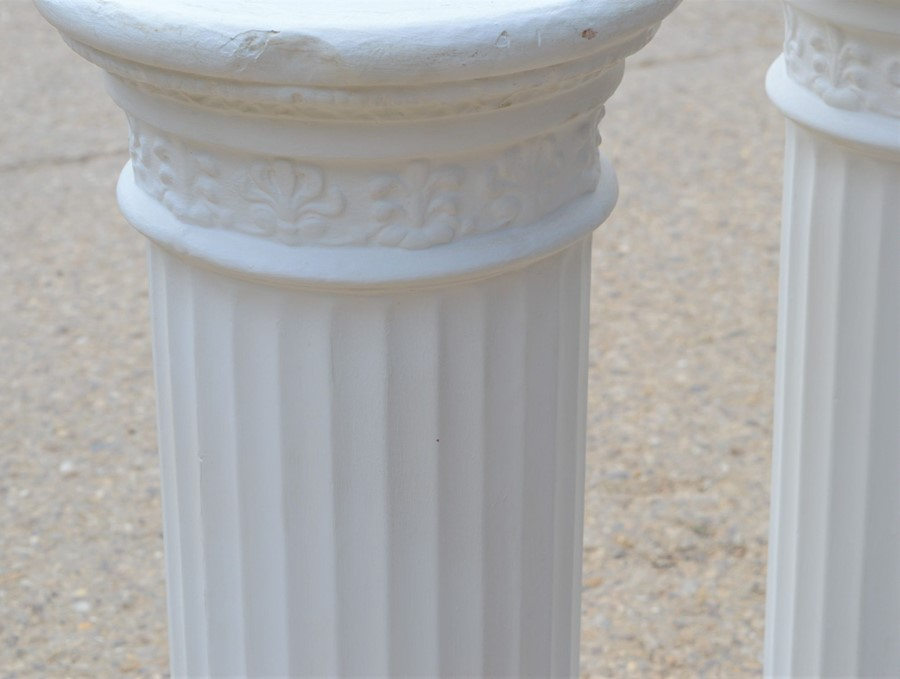 A pair of Corinthian style plaster columns 88cm high - Image 2 of 2