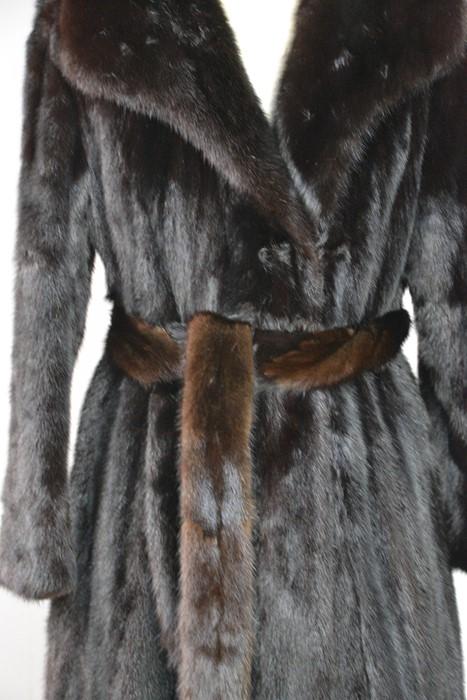 A full length mink coat and belt, in the original bag, size 10-12 - Image 2 of 2