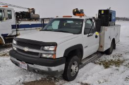 2003 Chevy 3500 service truck, standard cab, V-8 gas, automatic, 4x4, DRW, 42,206 miles, 9' Stahl