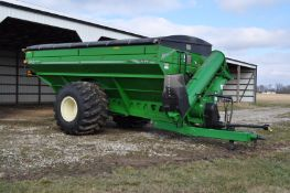 Brent Avalanche 1194 grain cart, 76x50.00-32 tires, 1000 PTO, scales, roll tarp, lights, camera,