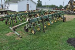 John Deere RM row crop cultivator, 3pt, rolling shields, end transport