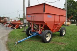 Killbros 385 gravity bed wagon, 11 R 22.5 tires, lights